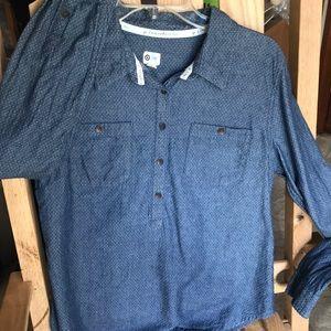 Women's TOMS long sleeve shirt , large